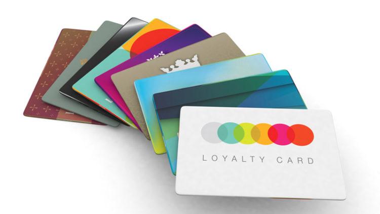 Fidéliser votre clientèle avec une carte PVC personnalisée